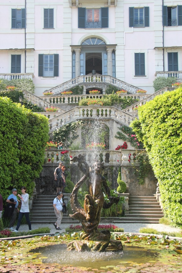 Villa Carlotta Entrance Fountain