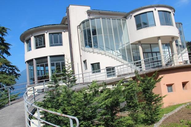Menaggio Lido beach house